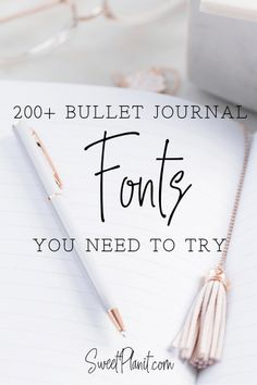 Hand Written Fonts for a Pretty and Creative Looking Bullet Journal - All of these hand lettering ideas are easy and fun to make! Bullet Journal Hand Lettering, Bullet Journal Contents, Bullet Journal Headers, Bullet Journal Hacks, Hand Lettering Fonts, Bullet Journal Writing, Bullet Journal Layout, Handwritten Fonts, Bullet Journal Ideas Pages