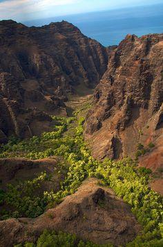 Kauai Waimea Canyon and NaPali coast, Hawaii
