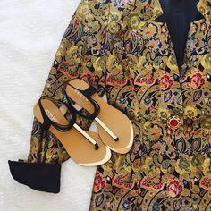Style: Regina Colours: Black & Nude