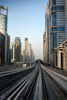Dubai metro finished in 2009, composed of the red line, blue line and auxiliar line.