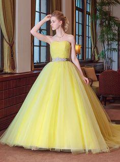 Princes Dress, Disney Princess Dresses, Posh Dresses, Quince Dresses, Yellow Wedding Dress, Colored Wedding Dresses, School Dance Dresses, Ballroom Dress, Ball Gown Dresses