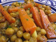 Carrot and chickpea tagine with thermomix - Thermomix recipe - tajine thermomix - Vegetarian Recipes Vegetarian Tagine, Vegetarian Recipes, Cooking Recipes, Healthy Recipes, Moroccan Spice Blend, Moroccan Spices, Moroccan Chicken, Moroccan Tagine Recipes, Gastronomia