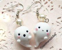 Kawaii Halloween Earrings, Halloween Jewelry, Spooky Ghost Earrings, Kawaii Polymer Clay Charms, Cute Ghost Earrings, White Accessories