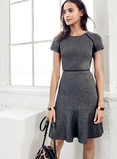 WEAR-TO-WORK OUTFIT IDEAS More