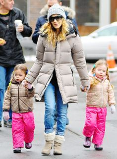 Sarah Jessica Parker with her cute twins in matching outfits! ♥ If you enjoyed my pin, pls do visit my celebrity site at www.celebritysize... ♥ #celebritysizes