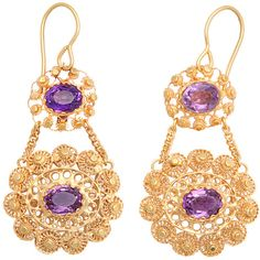 Preowned Georgian Double Sided Cannetille Amethyst Gold Earrings (103 320 UAH) ❤ liked on Polyvore featuring jewelry, earrings, nakit, purple, double-sided earrings, disc earrings, gold jewelry, purple amethyst earrings and gold twist earrings