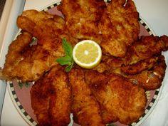 Ez tetszene a férjemnek is, meg is sütöm neki! Meat Recipes, Chicken Recipes, Dinner Recipes, Kfc, Hungarian Recipes, Recipes From Heaven, Tandoori Chicken, Poultry, Bacon