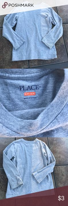 Boys children's Place basic long sleeve tee Heather gray boy's basic long sleeve shirt, great for layering. Gently worn, size 5/6- small. Add to a bundle and save!🤑😀 The Children's Place Shirts & Tops Tees - Long Sleeve