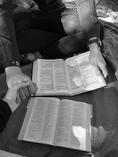 Christian Couples, Christian Girls, Christian Life, Christian Quotes, Godly Relationship, Cute Relationship Goals, Cute Relationships, Dear Future Husband, Future Boyfriend