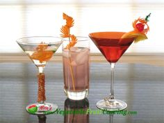 drink garnishes using carrots