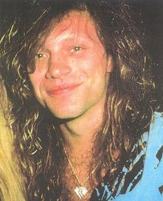 Jon Bon Jovi - rare close-up pic wearing the blue and black-striped silk shirt that he frequently donned throughout the New Jersey Syndicate Tour (1988-1990)