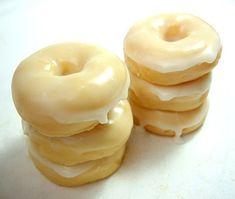Hey, I found this really awesome Etsy listing at https://www.etsy.com/listing/64071090/half-dozen-glazed-mini-donut-soap-6-pack