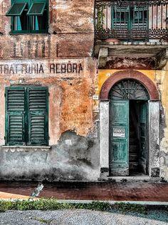 Trattoria Rebora - Italia Beautiful Wall, Beautiful Places, Regions Of Italy, Places Of Interest, Restaurant Ideas, Restaurant Design, Italy Travel, Old World, Night Life