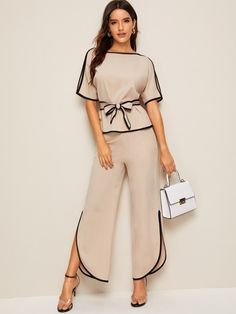 To find out about the Piping Trim Belted Top & Split-side Pants at SHEIN, part of our latest Two-piece Outfits ready to shop online today! Look Fashion, Fashion News, Fashion Black, Split Pants, Trendy Outfits, Fashion Outfits, Blouse Models, Boat Neck Tops, Two Piece Outfit