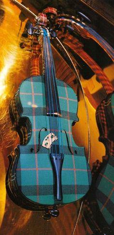 Plaid fiddle