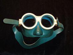 1976 Model Soviet Russian Diving Underwater Mask Scuba