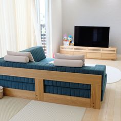 Diy Furniture Easy, Dream Furniture, Diy Outdoor Furniture, Pallet Furniture, Living Room Furniture, Furniture Design, Wooden Sofa Designs, Wooden Sofa Set, Sofa Bed Design