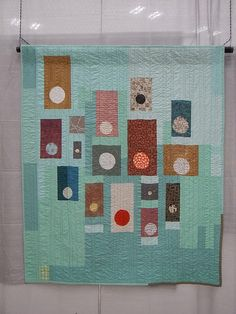 Rossie Hutchinson quilt at Quiltcon 2013.  Photo by Luana Rubin, via Flickr