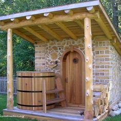 Good sauna designs and plans make your sauna project perfect. When you decide to design your own sauna, it is important to consider several factors. Heaters are the heart and soul of any sauna. Diy Sauna, Sauna Ideas, Outdoor Sauna, Outdoor Baths, Casas Cordwood, Sauna Shower, Cordwood Homes, Sauna Design, Sauna Room