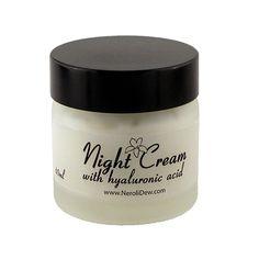 Amazing night cream with hyaluronic acid