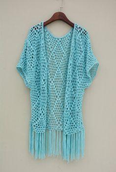 Crochet Blusas Short Sleeve Open Crochet Cardigan with Fringes Black Crochet Dress, Crochet Poncho, Crochet Cardigan, Love Crochet, Sweater Cardigan, Crochet Designs, Crochet Patterns, Gilet Kimono, Crochet Clothes