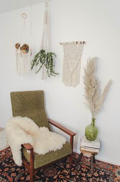 Macrame plant hangers and wall hanging Macrame Plant Hangers, Throw Pillows, Blanket, Bed, Wall, Home Decor, Toss Pillows, Decoration Home, Cushions
