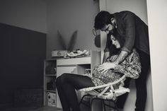 #photographie #photography #grossesse #couple #famille #family #home #photographe #photographer Selfie, Couples, Photography, Pregnancy Photography, Stone, Photograph, Fotografie, Couple, Photoshoot