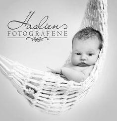 fotograf sarpsborg_sarpsborg_fotograf_haslien_fotografene_ostfold_fredrikstad_baby_nyfodt_barnebilder Fredrikstad, Human Figures, Laundry Basket, Bassinet, Wicker, Children, Baby, Young Children, Crib