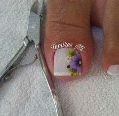 Nails & Co, Toe Nails, Pink Nails, Toe Polish, Toe Nail Designs, Eyeliner, Toe Nail Art, Models, Hair Beauty