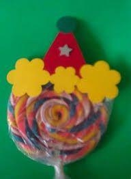 Resultado de imagem para enfeite de mesa festa palhaço Clown Party, Circus Theme Party, Carnival Birthday Parties, Circus Birthday, First Birthday Parties, Birthday Party Themes, First Birthdays, Carnival Crafts, Carnival Themes