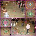 ACTIVITES GRAPHIQUES ronds, cercles, disques - LA MOYENNE SECTION DE LOLO D'autres activités graphiques sur le site (intéressant car mêle découverte en salle de motricité, arts visuels et graphisme sur papier)