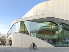 Hascher Jehle - Montforthaus Center (Feldkirch . Austria) | http://www.dezeen.com/2015/09/07/montforthaus-curving-stone-glass-cultural-centre-medieval-city-austria-hascher-jehle/