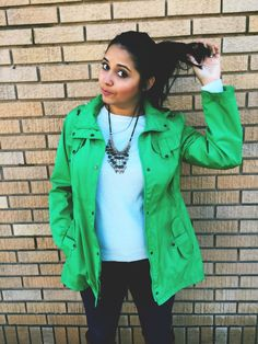 Green Rain Coat! Adding color to a grey day! Andrea Santana Blog