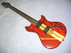 Vintage 1982 Westone Thunder - Beautiful looking guitar, got a real urge to get one of these beauties in the future.