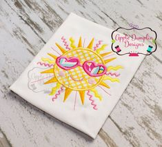 Hey, I found this really awesome Etsy listing at https://www.etsy.com/listing/230694518/shining-summer-sun-applique-machine