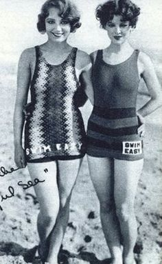 ▫Duets▫groups of two in art and photos - Leila Hyams and Myrna Loy