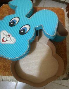 Caixa de papel microondulado Coelho Azul | Rosane Moraes | Elo7