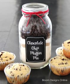 Such a yummy and cute gift idea. I need to make these as quick teacher gifts.