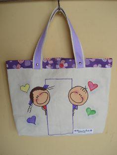 https://flic.kr/p/bo92fH   Tote Bag - Bolsa 0002 - A   Tote bag confeccionada em Lona e forrada com tecido 100% algodão . Pintada . No espaço vazio pintarei o seu nome.  Medidas: 31x36x7 cm