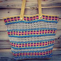 Ravelry: Venetian Mesh Bag pattern by Holly Ferrier