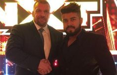 Triple H Welcomes La Sombra To WWE
