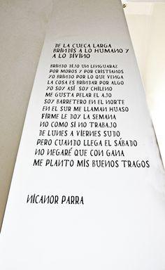 Decoración Interior , poema de Nicanor Parra, Petit Hotel Meridiano Sur, Santiago de Chile.