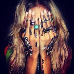 How to Chic - multi rings