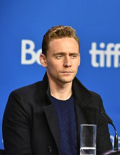 Tom Hiddleston attends the 'High-Rise' press conference at the 2015 Toronto International Film Festival at TIFF Bell Lightbox on September 14, 2015 in Toronto. Full size image: http://ww2.sinaimg.cn/large/6e14d388gw1ew2qb7dv30j21kw11sqbo.jpg Source: Torrilla