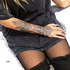 Als Top Pet Tattoos - diy tattoo images - Tatuajes Armband Tattoos, Forarm Tattoos, Foot Tattoos, Body Art Tattoos, Life Tattoos, Tatoos, Thigh Tattoos, Henna Tattoo Kit, Tattoo Kits