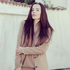 Everything is about camel colour.. camel coat by H&M, camel sweater by MANGO