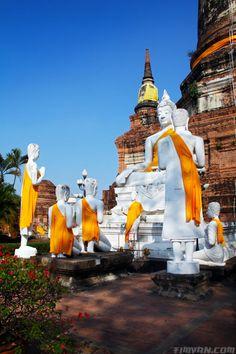 Wat Yai Chai Mongkol, Thailand