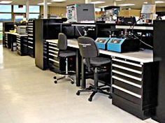 Electronic Repair  Service and repair of electronic equipment – it requires workbenches that can be configured with plenty of electrical access and ESD features