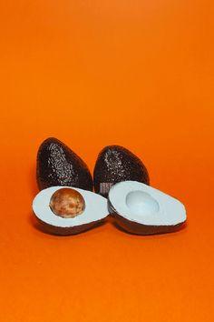 Subversive artworks exploring genetically modified fruits by Enrico Becker and Matt Harris. More on ignant.de...