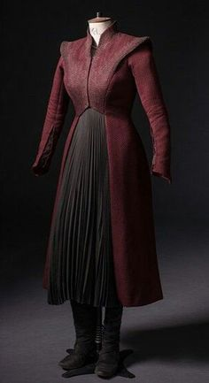 Got Costumes, Cosplay Costumes, Lauren Bacall, Daenerys Targaryen Dress, Cool Outfits, Fashion Outfits, Beautiful Costumes, Medieval Dress, Historical Clothing